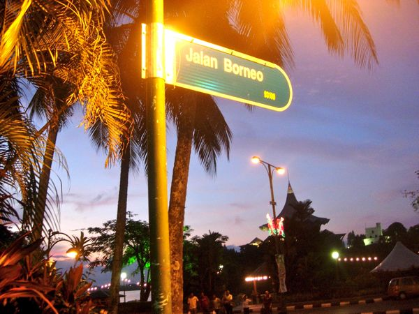 Jalan Borneo
